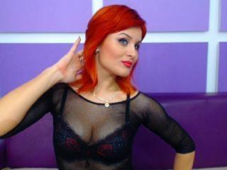 Voir le liveshow de  RubyBeauDesireX de Xlovecam - 24 ans - I am all natural, purely the girl next door:) Love a good fuck and if you can provide me t ...
