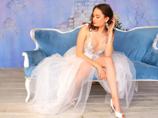 Voir le liveshow de  AllWeNeedisLlove de Xlovecam - 18 ans - I like very dedicated people who have a purpose in this life and know what they want... ! ...