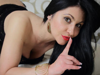 Voir le liveshow de  KarlaDesire de Xlovecam - 33 ans - My name is Karla and I'm a 33 year old cam girl, having huge passion to share my sexuality and ...