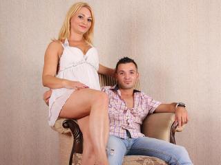 SarahAndKevin Xlove couple