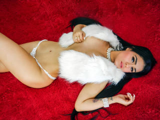 Voir le liveshow de  SlinkyAngeel de Xlovecam - 23 ans - I love to flirt with camera and that`s why i`m here for all of you. I still have not reached  ...