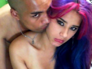 Voir le liveshow de  LatinCoupleHorny de Xlovecam - 24 ans - It warms me to suck cock and cum in the face the tits and mouth