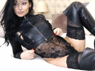 HotBisous sexy cam girl