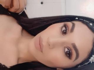 Voir le liveshow de  ArabellaSex de Xlovecam - 19 ans - Sexy girl