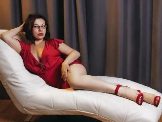 Voir le liveshow de  GiaRayne de Xlovecam - 37 ans - Naughty little girl, I'm into rough sex and nasty games. I am open to new things and willing to t ...