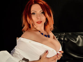 Voir le liveshow de  HeavenlyBeauty de Xlovecam - 23 ans - I will be your delicious busty sweetheart! My name is Karla and the legend says that I am c ...