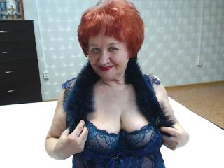 Voir le liveshow de  Vabank de Xlovecam - 62 ans - Romantic woman who loves candle light, glamorous atmosphere and sensual sex. She will make you feel ...